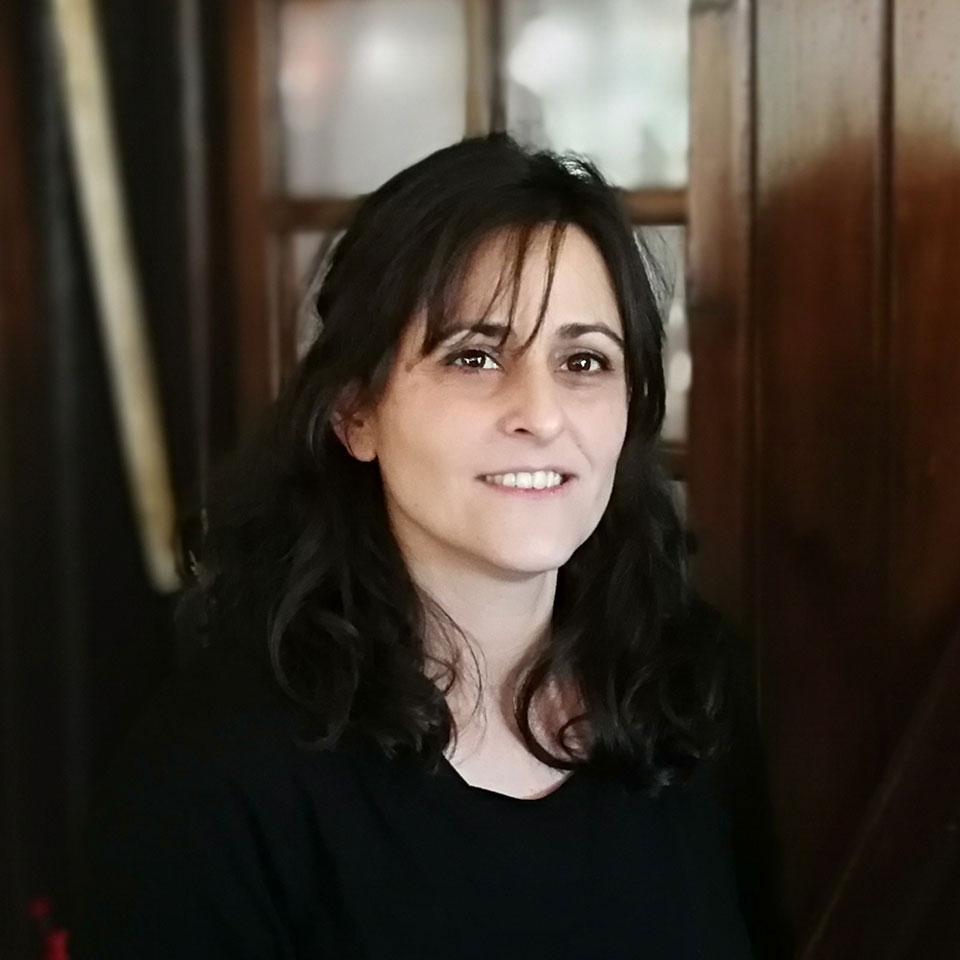 Almudena Esteban